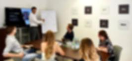 Konferenzzimmer-Team_small (1).jpg