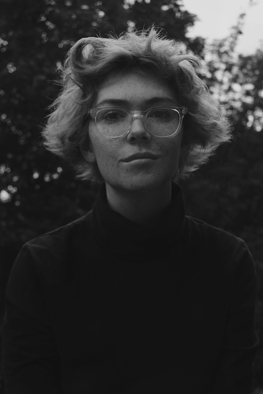 here's a pic of me looking like Barb from Stranger things