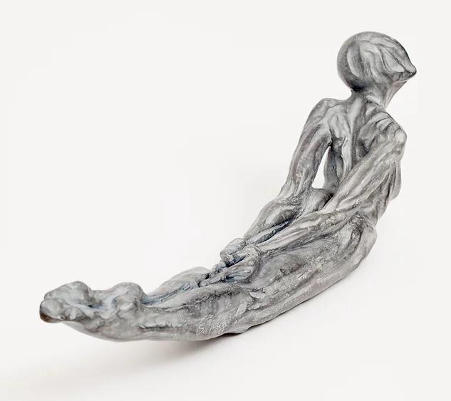 Fluxo - 2000 Bronze com pátina 20 X 61 X 13 cm.