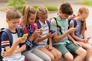 addicted-to-smartphones.jpeg