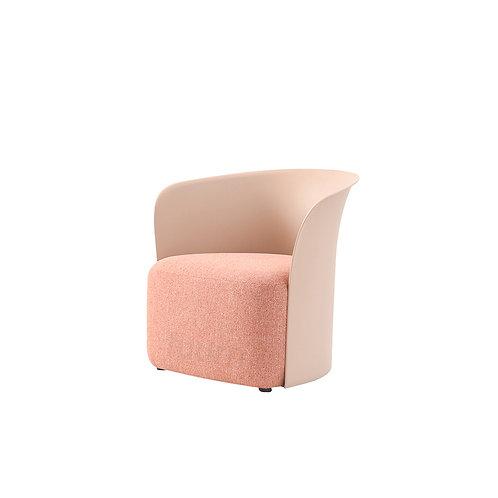 Moda Lounge Chair