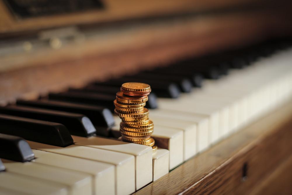 文化庁 音楽家向け助成金