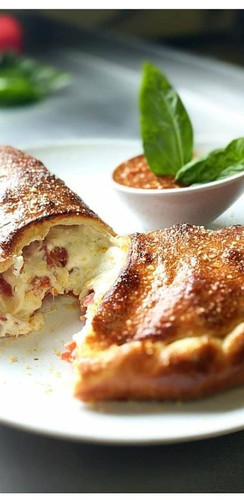 Mic's Craft Kitchen Calzone