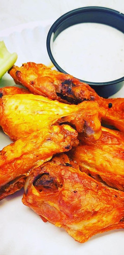 Mic's Craft Kitchen Chicken Wings