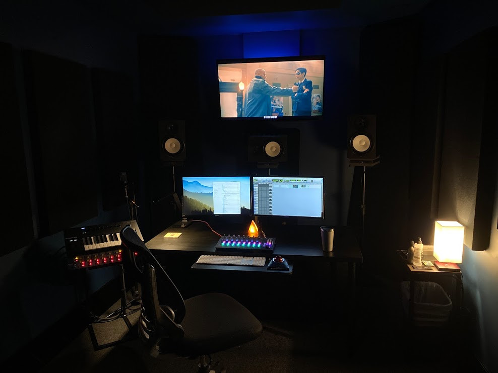 - Focusrite ISA828 Preamp - Sennheiser, Sanken & Other Mics Available - Bluesky Monitoring Controller - Icon 8-Channel Mix Board   - Running most major plugins, ask for list or BYO ilok  - Running Pro Tools Ultimate HD w/ HDX2 Card & Avid 192 on a 12-Core Mac Pro