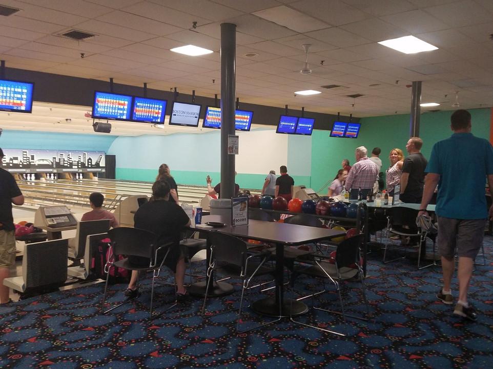 Bowling 1.jpg