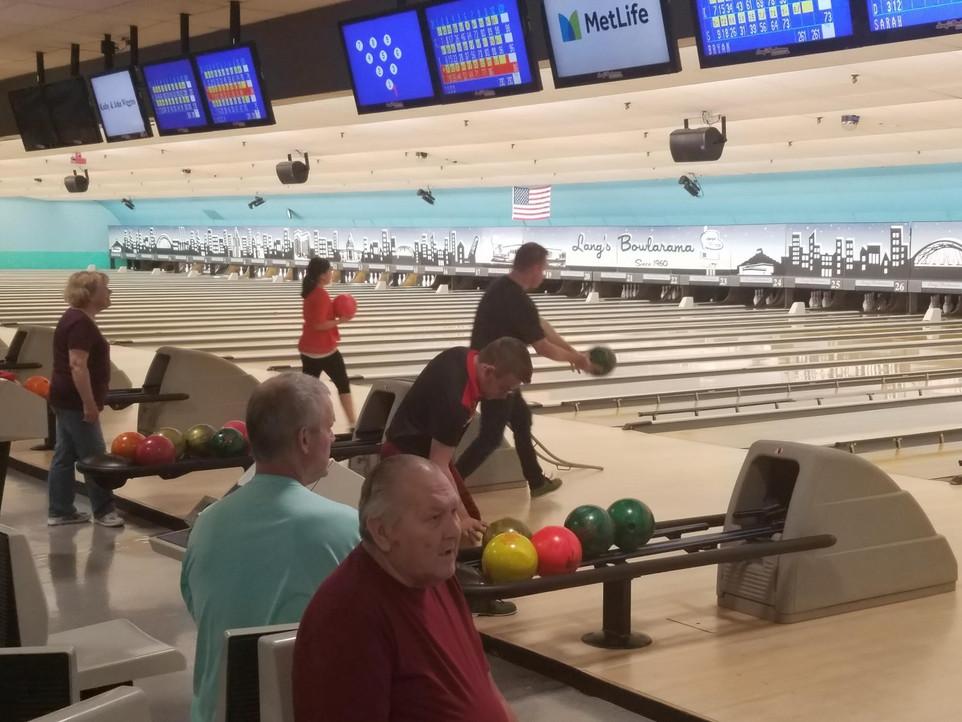 Bowling 9.jpg