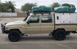 Toyota Land Cruiser D/Cab 4 x 4 - 4.0L V6 (Manual Transmission) 4 PAX camping equipped