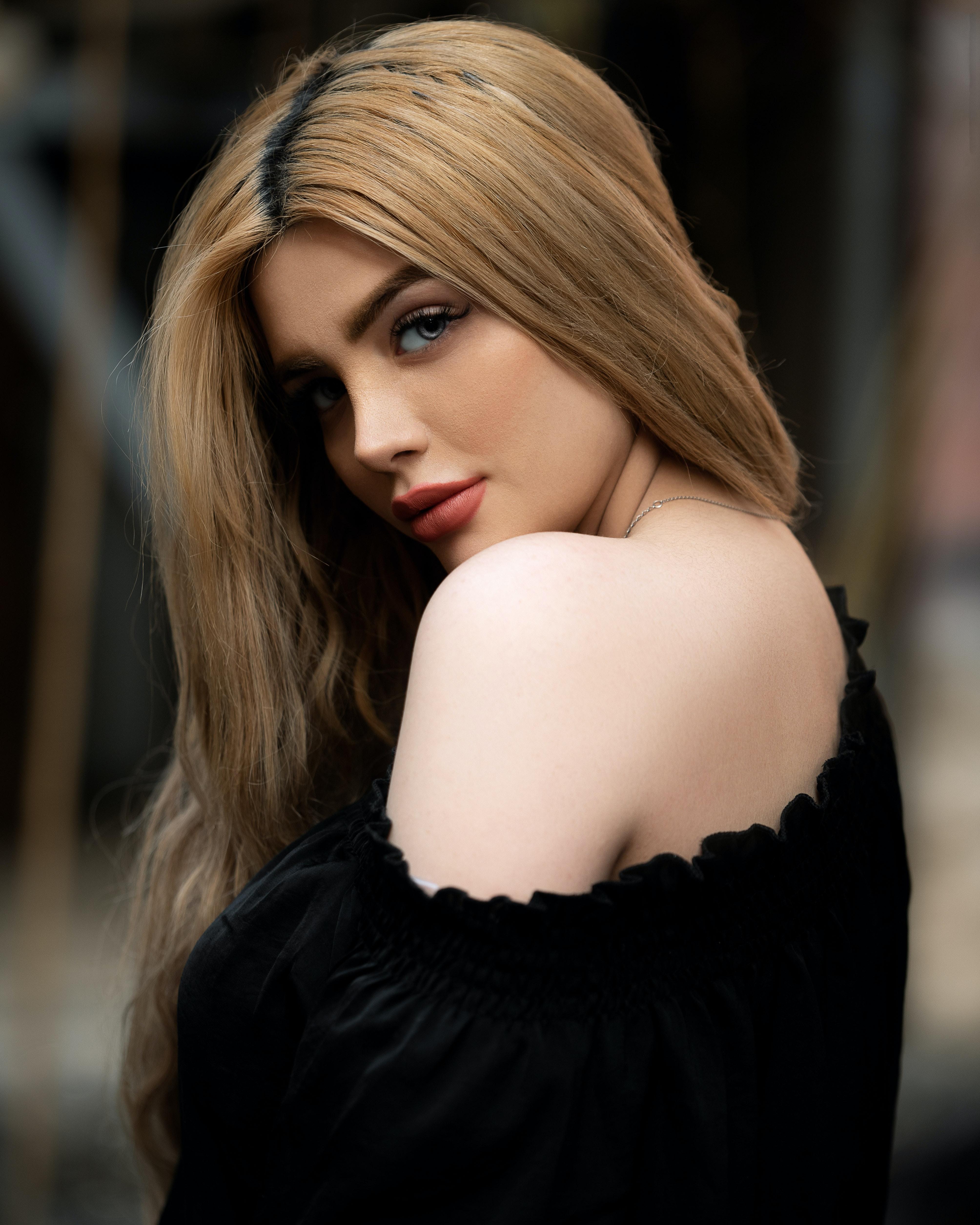 majid-akbari-eljc69SQKC4-unsplash
