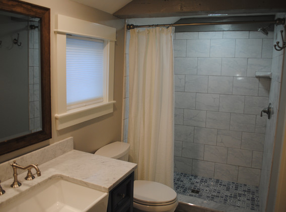 Bathroom with walk-in tile Shower, W/D in closet