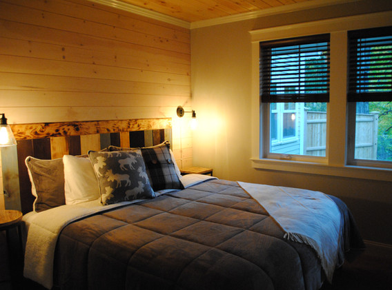 King Size Bed in the Bedroom, Gas Fireplace, walk-in closet