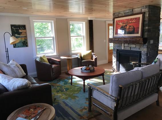 Living Room Entry.JPG