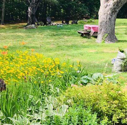Gardens & Picnic Tables