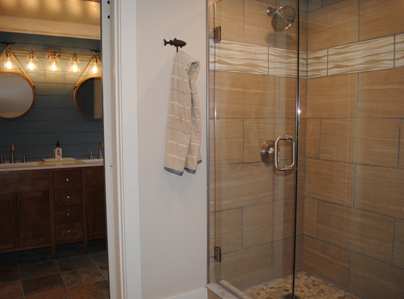 Shower-Vanity.JPG