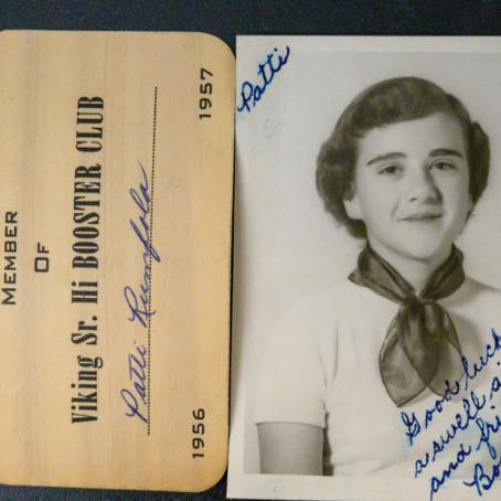 Encuentran bolso de alumna extraviado en 1957