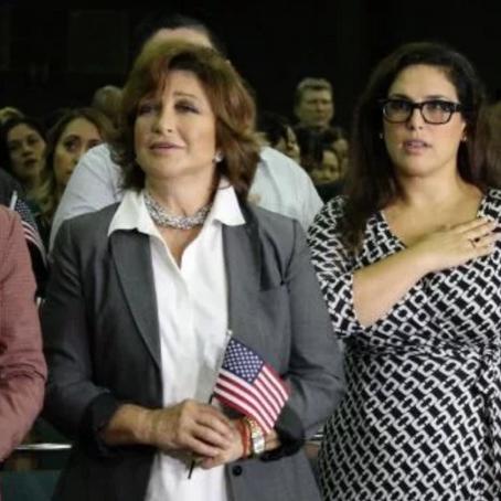 """Recupera """"La Novia de México"""", ciudadanía norteamericana"""