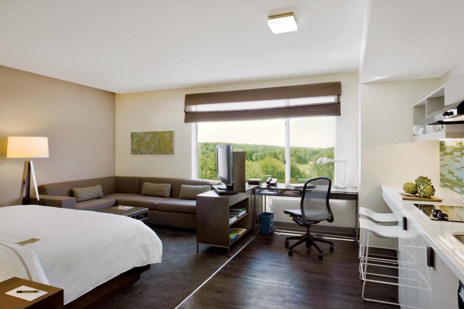 Guest Room Suite 2