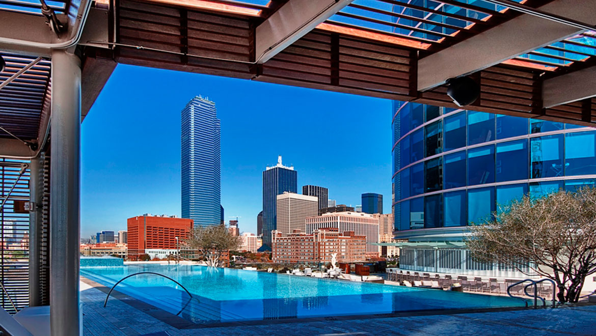 Omni Roof Top Pool