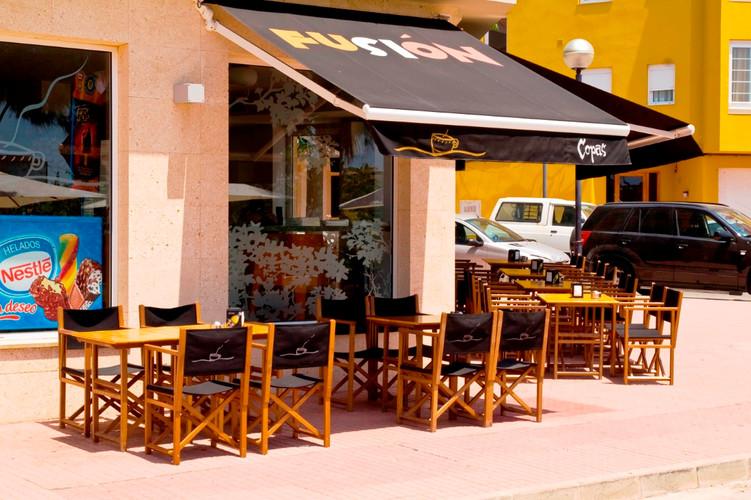 Fusion Café (3) (Medium).jpg