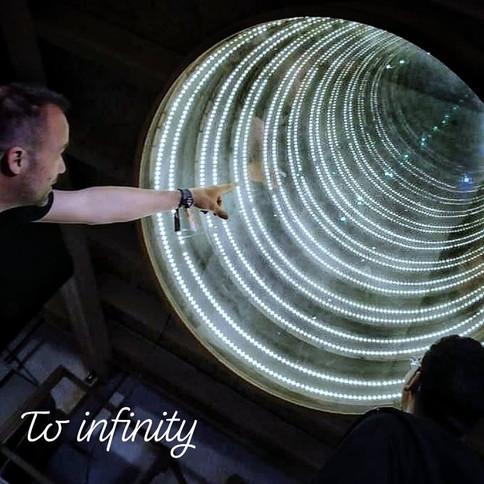 infinity lamp.jpg