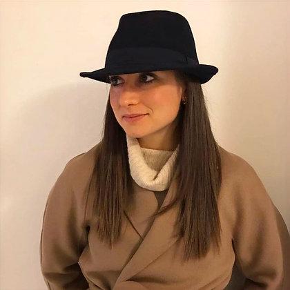 Cappello tipo uomo, panno di lana, tesa stretta