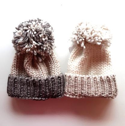 Cuffia con pon pon in lana