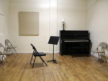 Studio 5 - 15 X 16 - $17/HR