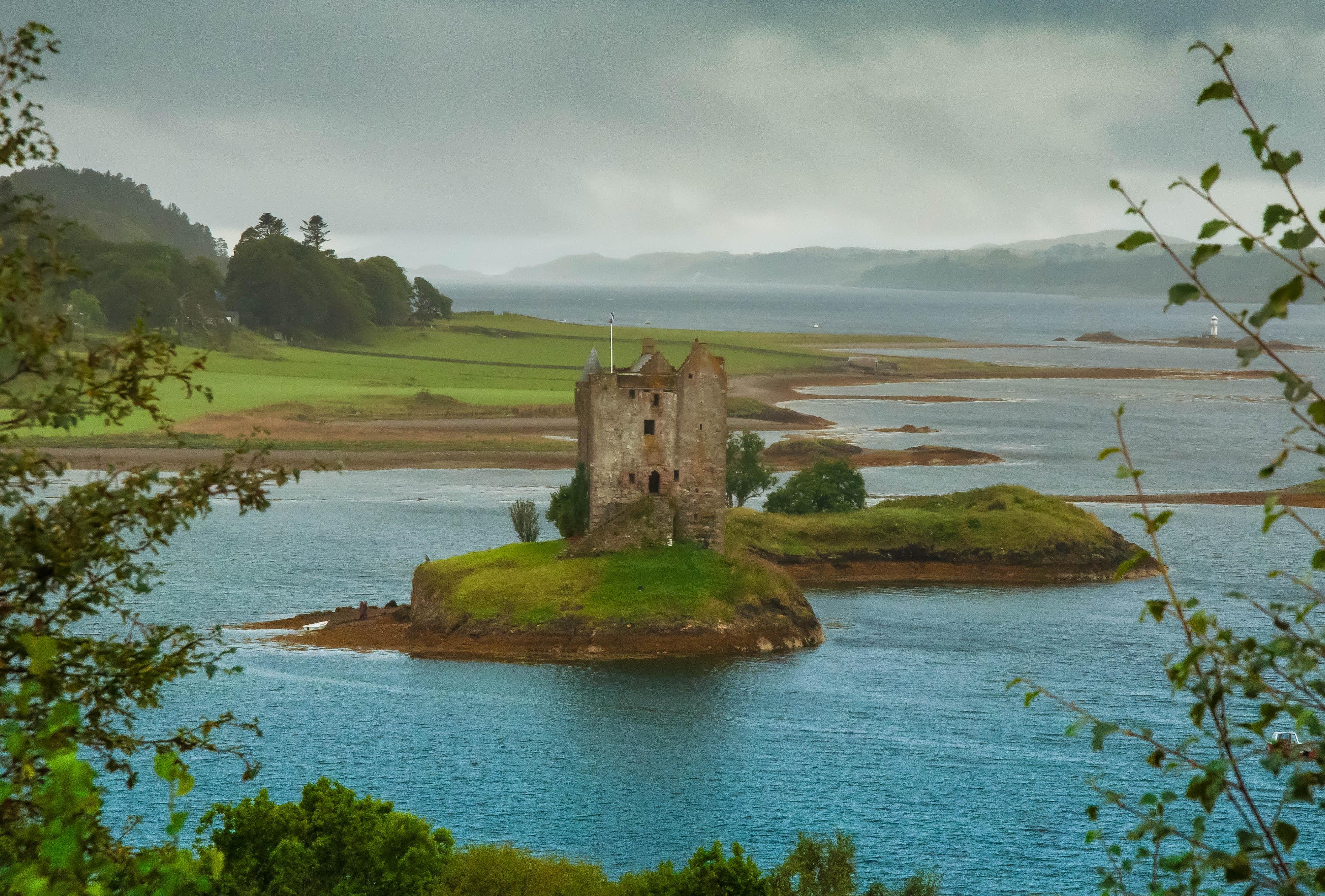 Flickr - Castle Stalker tells storie