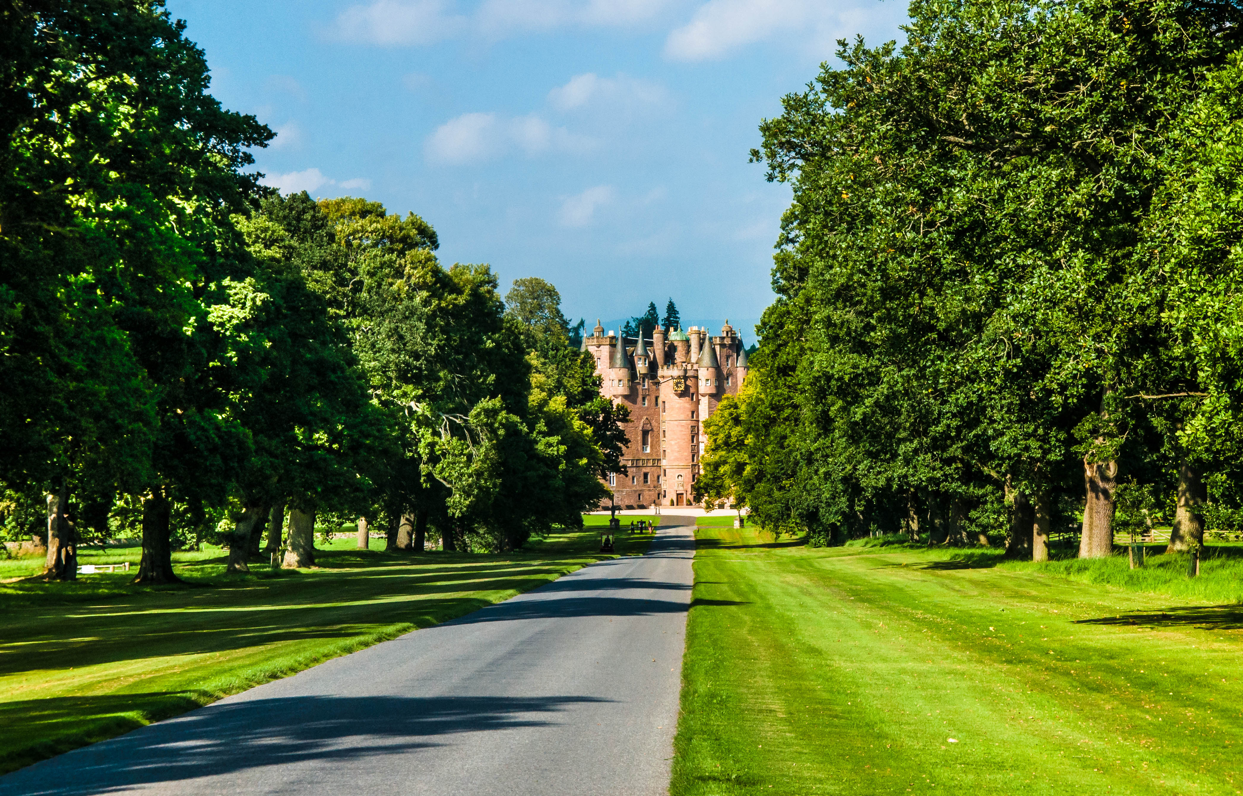 Flickr - Glamis castle
