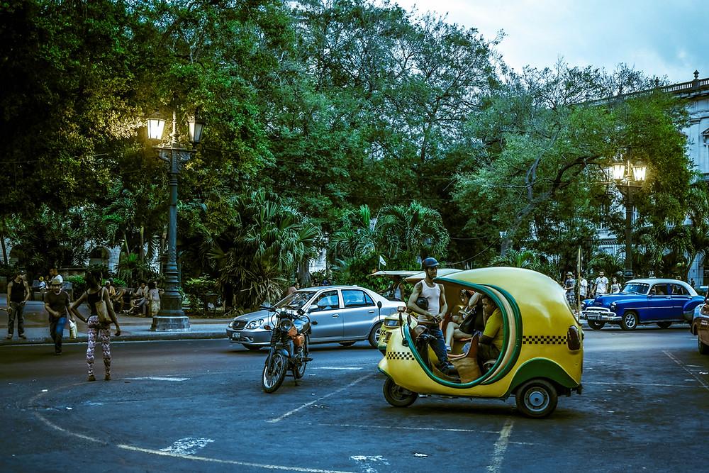 Flickr - Cuba , cocotaxi !