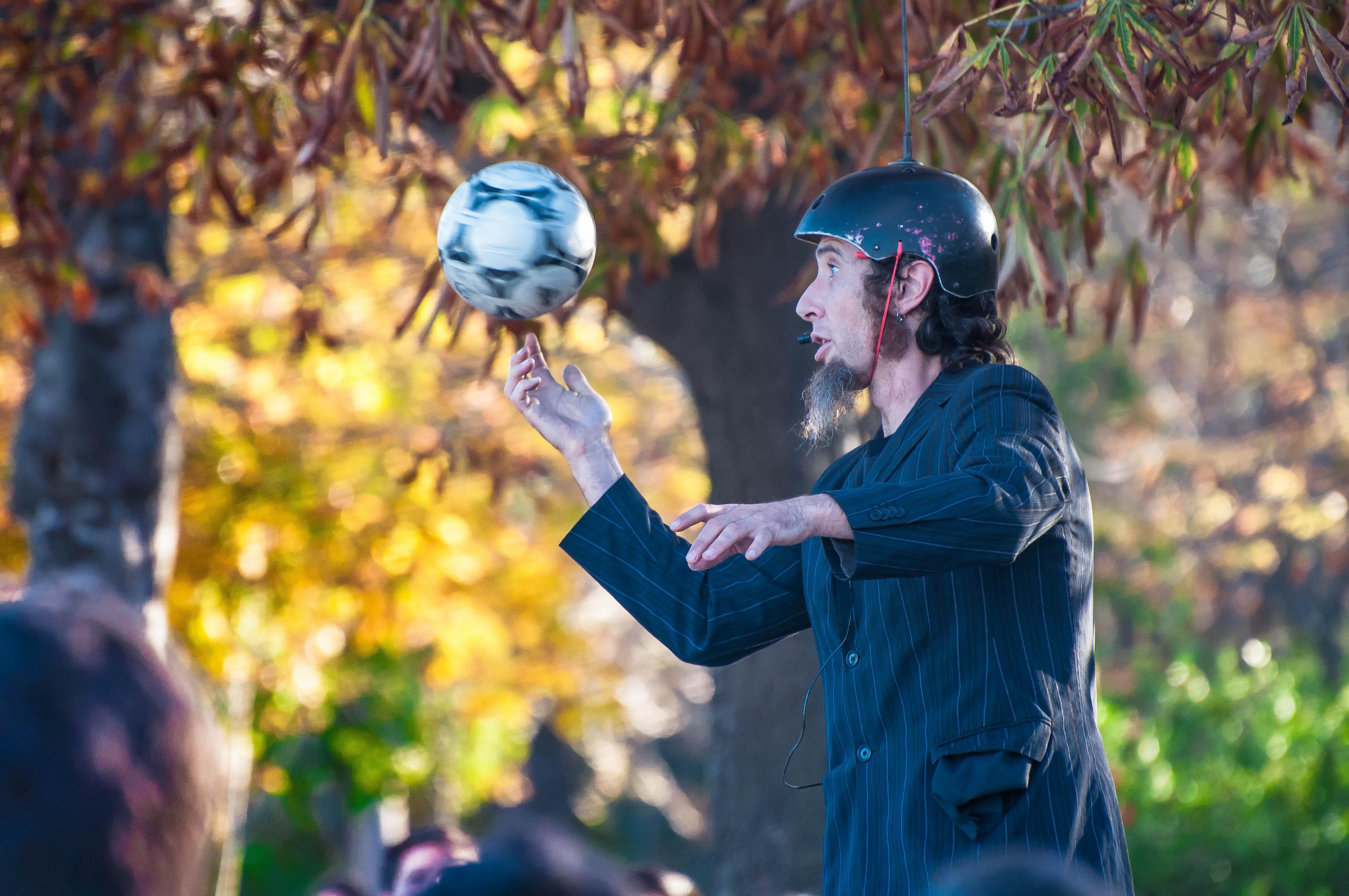 Flickr - Mime in Madrid garden