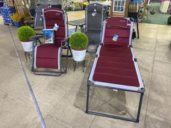 Quest Bordeaux Pro Comfort Gravity Relaxer - £179.99 & Lounge Bed - £169.99