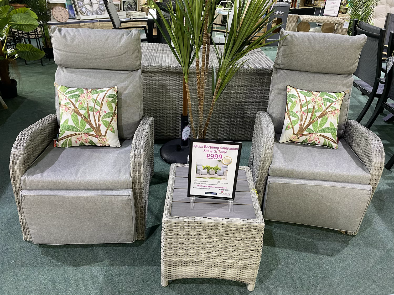 Aruba Reclining Companion Set with Table - £999