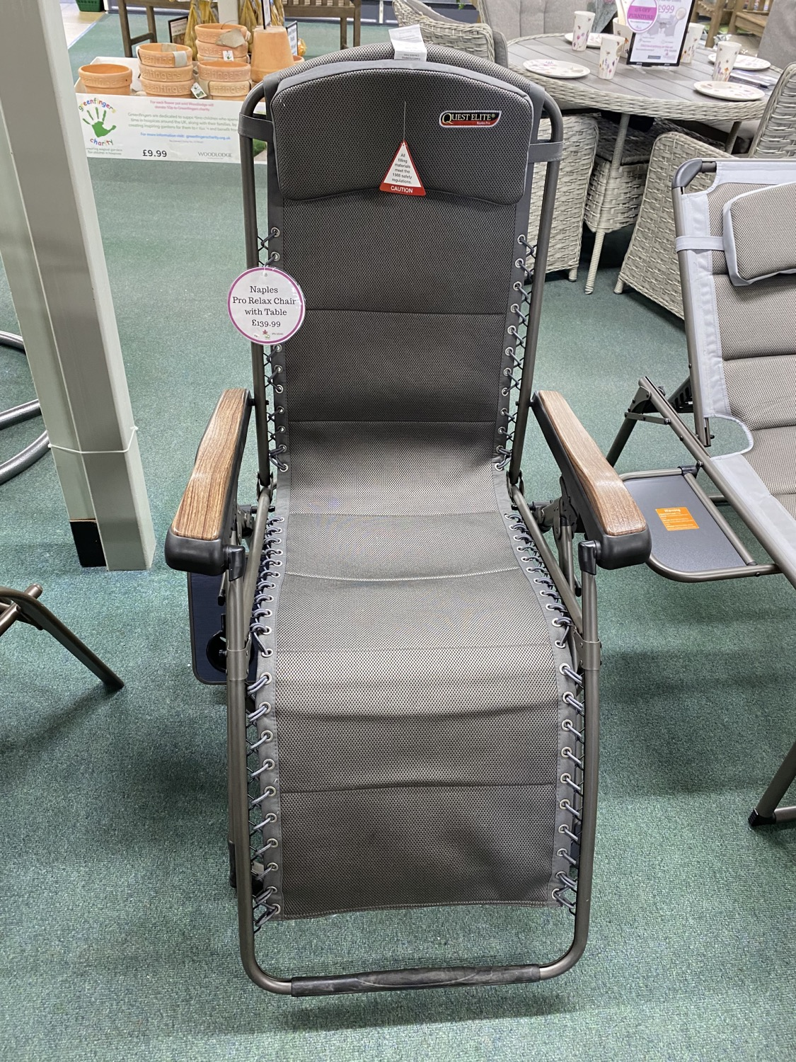 Naples Pro Relax Chair with table- £139.99