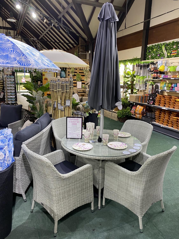 Portobello 4 Seater Set with Parasol - £999