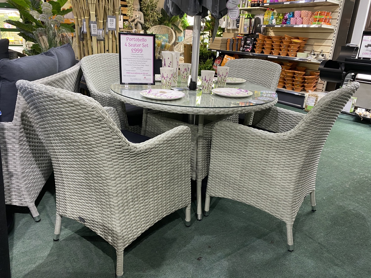 Portobello 4 Seater Set with Parasol - £999