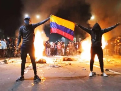 The American Virus - Colombian Revolts, Police and Civil Disobedience. (EN/ES)