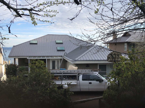 Metal roof in beautiful North Vancouver