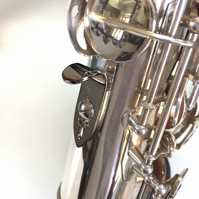 真鍮製プラチナ(Pt900)メッキ サムフック 装着イメージ