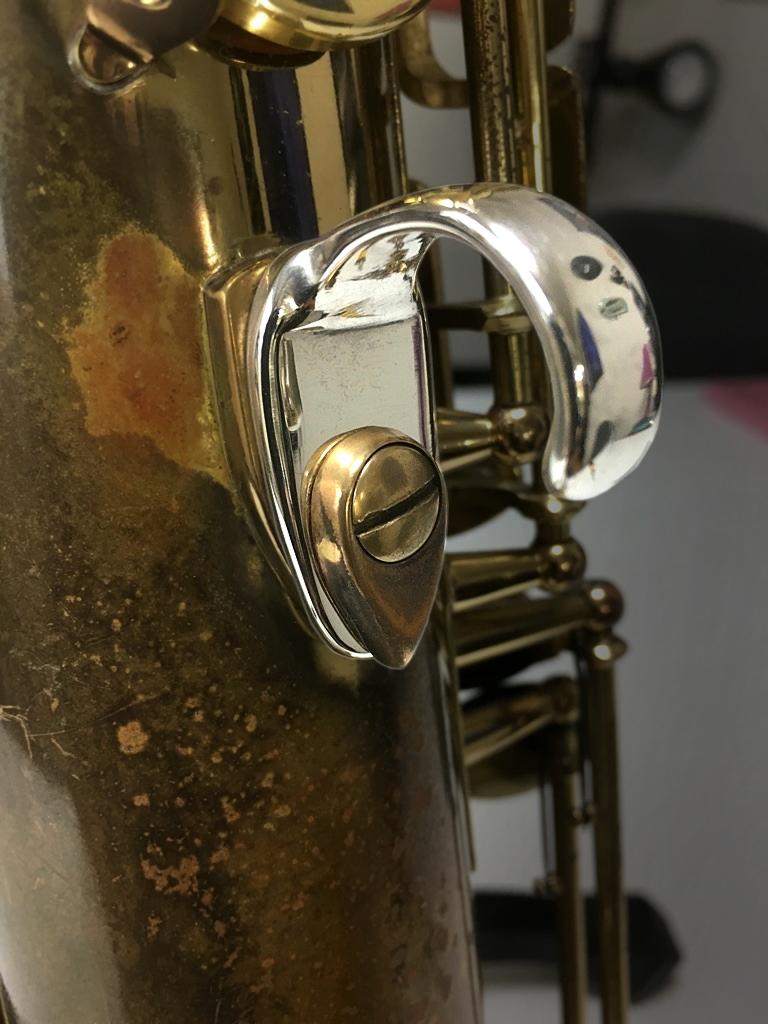 銀無垢サムフック タイプ3 装着イメージ