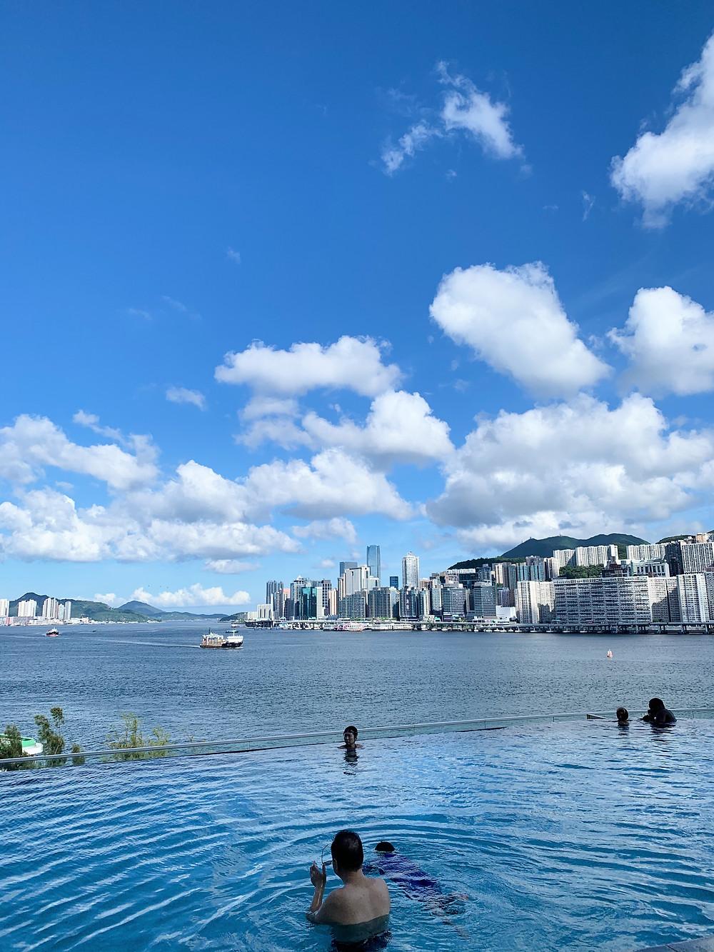 Infinity pool at Kerry Hotel Hong Kong