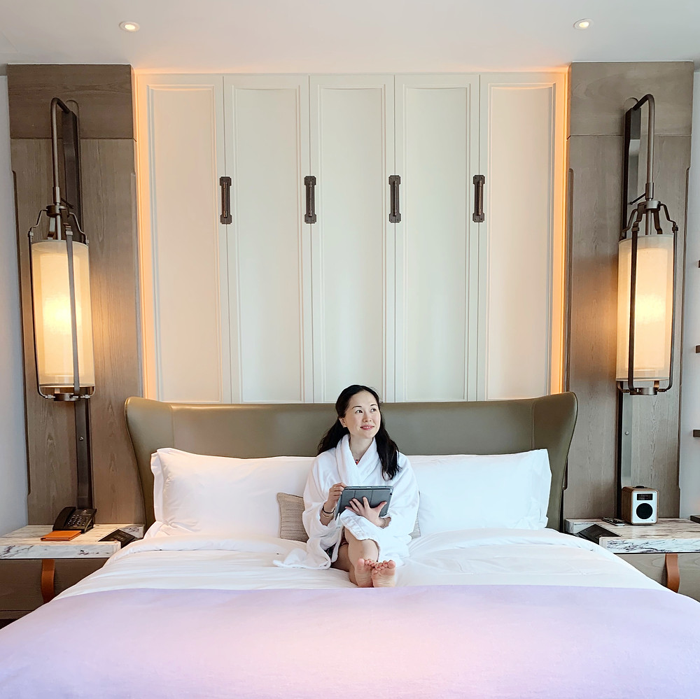 Jenni Lien blogger at the St Regis Hotel in Hong Kong