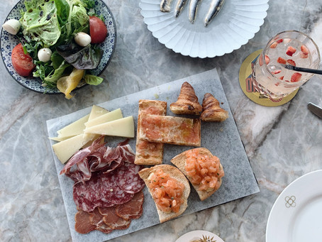 Brunch at La Rambla | Did someone say unlimited truffle bikinis, jamon croquetas, and broken eggs?