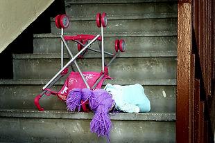 La violence conjugale affecte les hommes et toutes leurs relations, dont leurs enfants. SATAS offre un programme d'aide en violence conjugale pour les hommes qui souhaitent éliminer la violence dans leurs relations.