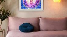 Starorůžový pokoj s růžovým energetickým obrazem