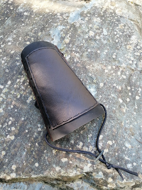 Leather armguard - adults size