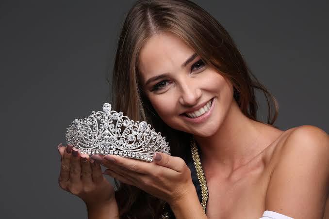 Coroação da Miss Brasil 2020