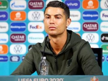 Cristiano Ronaldo alcança 300 milhões de seguidores