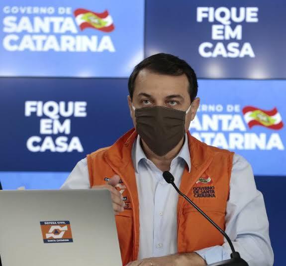 O governador de Santa Catarina