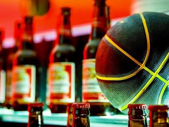 Budweiser e Emicida em nova campanha com a NBA